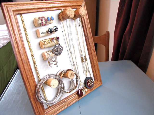 wine cork jewelry display organizer diy
